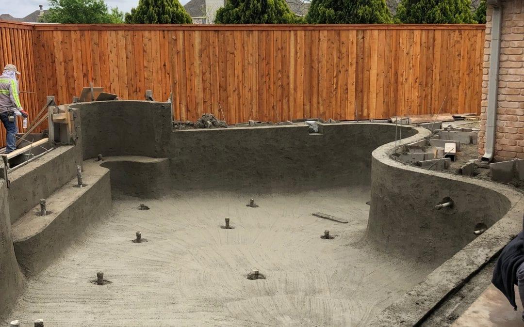 Huge Free Form Pool: Shooting Gunite